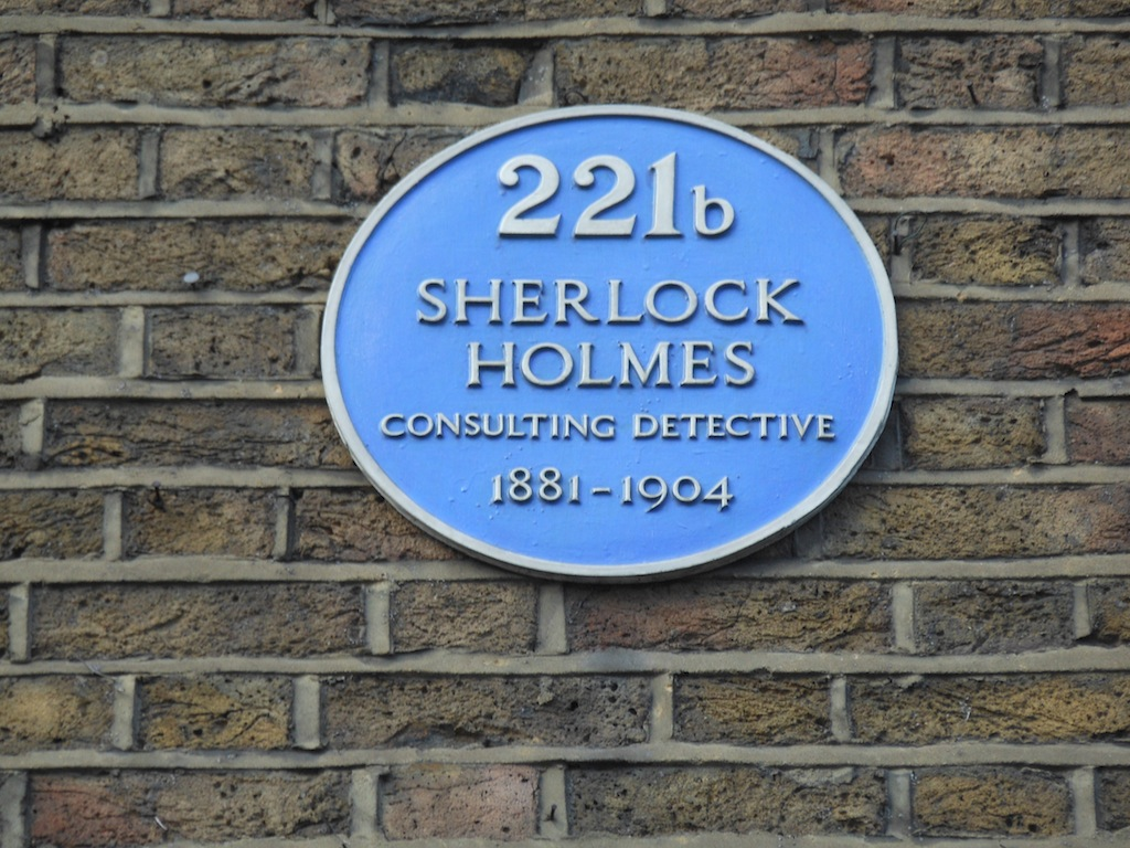 The plaque designating 221B Baker Street in London.